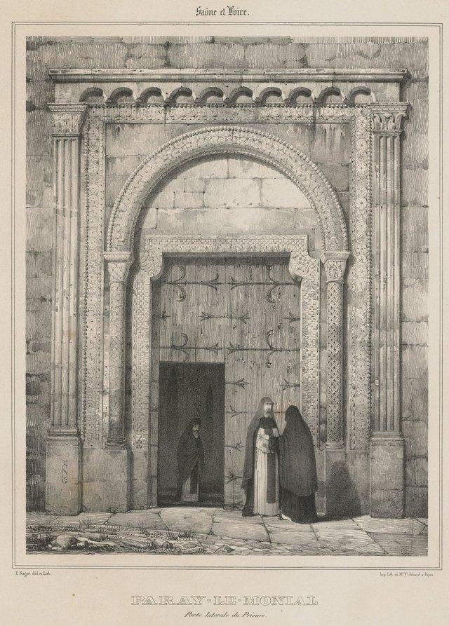 Porte latérale du prieuré de Paray-le-Monial