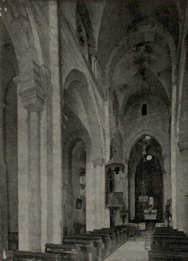 Intérieur de l'église de Châteauneuf