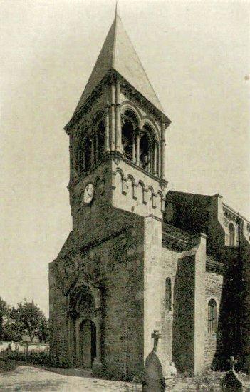 Clocher de l'église de St-Julien-de-Jonzy