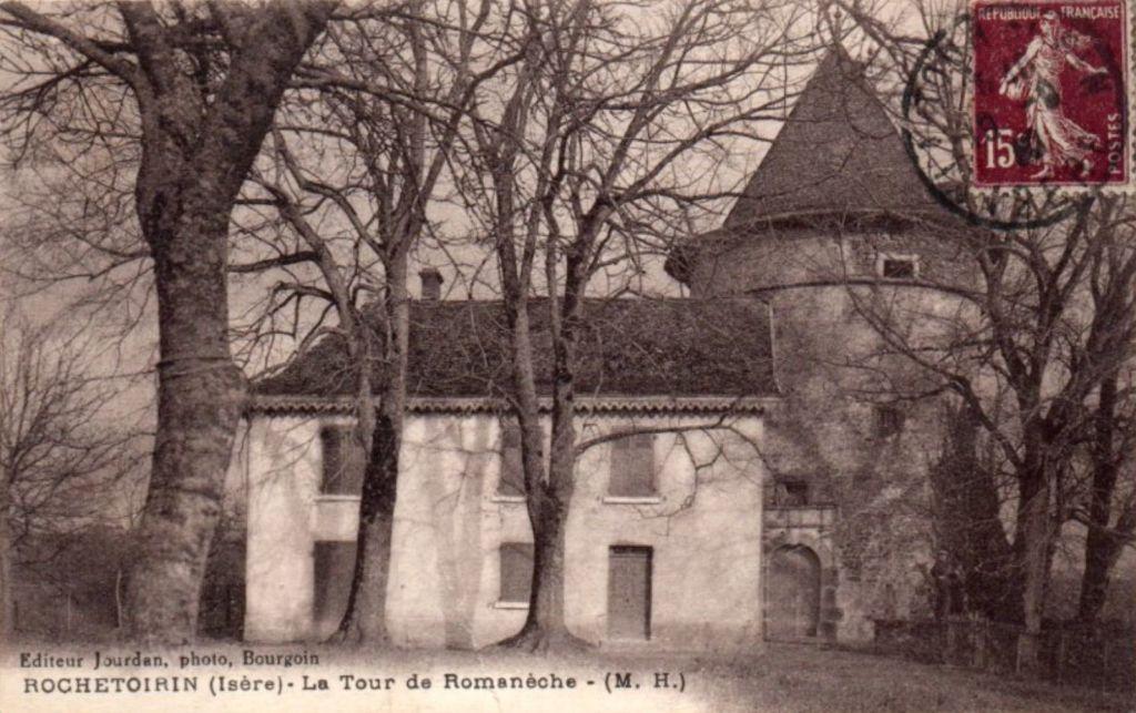 Tour du château de Romanèche