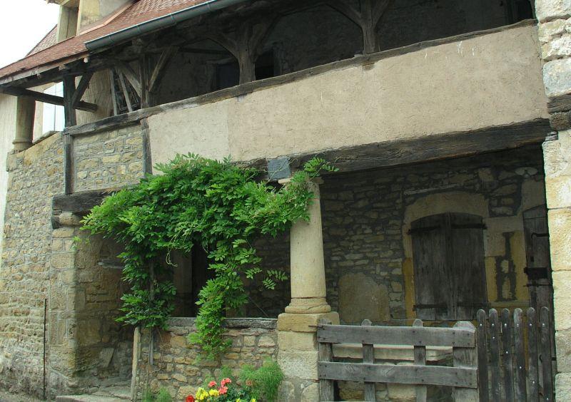 Vareilles, maison du XIIIème siècle